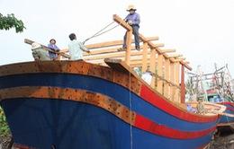 Ký kết tín dụng 150 tỷ đồng hỗ trợ ngư dân đóng tàu vỏ sắt