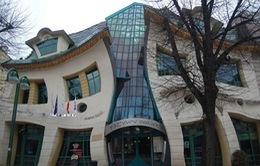 """Chiêm ngưỡng 10 kiến trúc """"dị"""" nhất thế giới"""