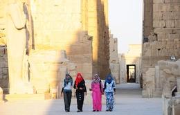 Karnak - đền thiêng giữa sa mạc nóng bỏng