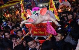 Lễ rước 'ông Lợn' độc đáo ở thủ đô