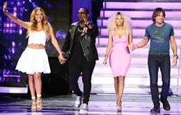 Giám khảo cũ - mới khăn gói rời American Idol?