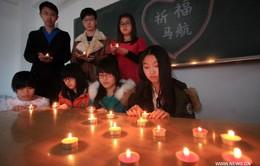 Máy bay Malaysia Airlines mất tích: Người dân khắp nơi cầu nguyện