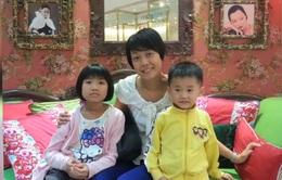 Con nữ tiếp viên hàng không trên chuyến bay MH370 mong mẹ trở về