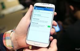 """Galaxy S4 """"chưa đủ tầm để soán ngôi iPhone"""""""