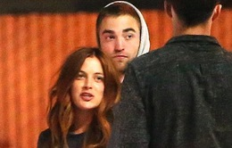 Robert Pattinson yêu cháu gái của Elvis Presley?