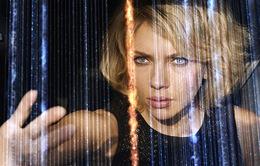 """Lucy và Scarlett Johansson - """"Gia vị lạ"""" cho mùa phim hè"""
