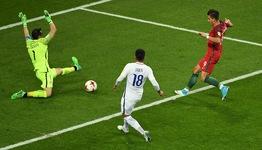ĐT Chile vào chung kết sau loạt luân lưu