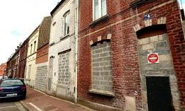 Một thành phố của Pháp rao bán nhà giá 1 EUR