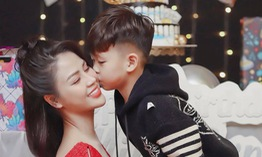 """Lương Thu Trang - Minh của """"Hướng dương ngược nắng"""" khoe con trai lém lỉnh"""
