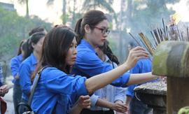 Đoàn thanh niên Đài THVN tri ân công lao các anh hùng liệt sỹ