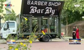 Cửa hàng cắt tóc lưu động quyên góp 10.000 nụ cười