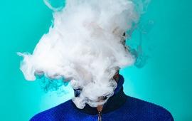 Nam thanh niên co giật, nhập viện sau khi hút thuốc lào