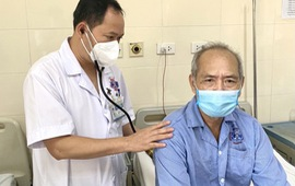 Hai lần chiến thắng tử thần: Bệnh nhân phẫu thuật điều trị ung thư phổi sau khi mắc ung thư thực quản 5 năm