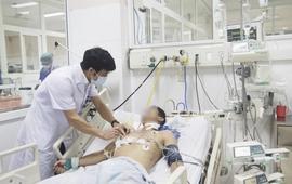 Cứu sống bệnh nhân bị đạn bắn thấu ngực