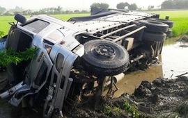 Tập trung mọi nguồn lực cứu chữa các trường hợp nặng trong vụ tai nạn ở Bạc Liêu
