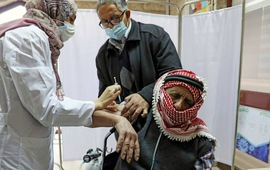 Chính quyền Palestine thừa nhận sai sót trong kế hoạch tiêm vaccine phòng COVID-19