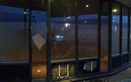 Một vụ nổ lớn xảy ra ở cơ sở xét nghiệm COVID-19 tại Hà Lan