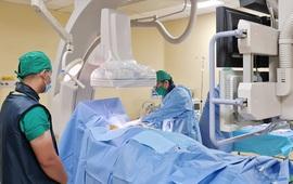 Đặt máy tạo nhịp vĩnh viễn cho bệnh nhân 94 tuổi bị nhồi máu cơ tim, loạn nhịp chậm