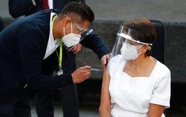 Mexico bắt đầu tiêm vaccine ngừa COVID-19 cho người trên 50 tuổi từ cuối tháng 4