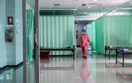 Thái Lan dự định lắp đặt 10.000 giường bệnh dã chiến tại Bangkok