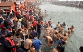 Ấn Độ lo ngại bùng phát dịch từ các sự kiện tôn giáo