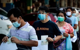 Số ca mắc mới trong ngày tăng kỷ lục, Thái Lan kêu gọi người dân tránh tụ tập