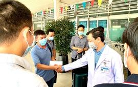 Đội phản ứng nhanh Bệnh viện Chợ Rẫy đến Kiên Giang tăng cường chống dịch COVID-19