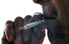 Hương vị bạc hà trong thuốc lá có thể gia tăng tác dụng của nicotine