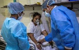 Ấn Độ ghi nhận hơn 414 nghìn ca mắc mới COVID-19 trong ngày