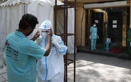 Ấn Độ lần đầu vượt mốc 4.000 ca tử vong/ngày, nhiều nước Đông Nam Á gia tăng số ca mắc mới