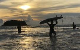 """Mô hình """"Hộp cát"""" vừa mở cửa vừa kiểm soát dịch của du lịch Thái Lan"""