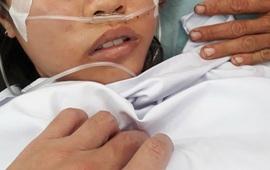 Thay máu cứu bệnh nhi 12 tuổi bị ngộ độc thuốc diệt cỏ