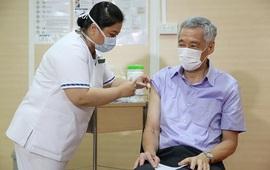 Thủ tướng Singapore kêu gọi không trì hoãn tiêm vaccine