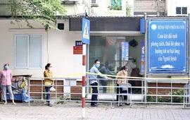 Hà Nội khẩn tìm người từng đến Bệnh viện Phổi Hà Nội