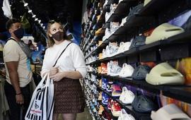 Mỹ khuyến cáo đeo khẩu trang tại nhà trong nhiều trường hợp