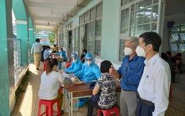TP. Hồ Chí Minh tăng tốc, linh hoạt tiêm chủng vaccine COVID-19