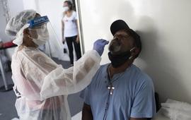 Số ca COVID-19 tiếp tục tăng ở Thái Lan và Philippines, Indonesia trước nguy cơ bùng phát dịch vào cuối năm