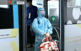 Hà Nội: Đưa người dân phường Thanh Xuân Trung đi cách ly tránh dịch về địa phương