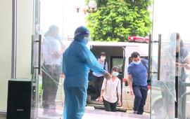Bệnh viện Đa khoa Đông Anh tổ chức diễn tập tiếp nhận và điều trị người bệnh COVID-19