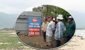 Đà Nẵng: Người dân Nam Ô phản ứng trước dự án bít lối đi xuống biển