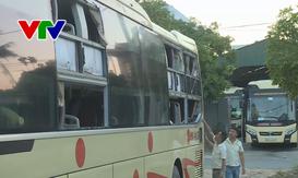 Quảng Bình: Côn đồ tiếp tục tấn công xe du lịch