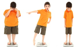 Cứ 3 trẻ Việt dười 5 tuổi có 1 trẻ thiếu dinh dưỡng hoặc thừa cân