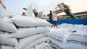 Vietnamese enterprises struggle to find buyers for rice exports