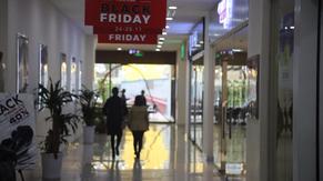"""Rét đậm, nhiều tín đồ mua sắm """"chùn chân"""" ngày Black Friday 2017"""