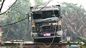 Trục vớt thành công xe tải làm sập cầu Long Kiểng