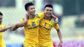 TRỰC TIẾP BÓNG ĐÁ Vòng 3 Nuti Café V.League 2018: Sông Lam Nghệ An 0-1 Than Quảng Ninh (Hiệp 1)