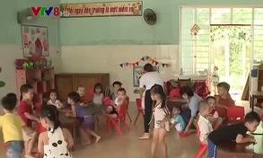 [ĐƯỜNG DÂY NÓNG VTV8]: Lạm thu đầu năm học tại trường Măng Non (Quảng Nam)