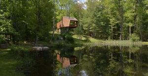 """Ấn tượng nhà cây nằm """"gọn lỏn"""" giữa khung cảnh thiên nhiên thanh bình"""