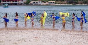 Thí sinh Hoa hậu Hữu nghị ASEAN khoe vẻ đẹp nóng bỏng tại Nhất Tự Sơn