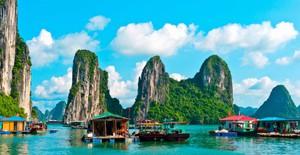 Cửa Vạn ở Hạ Long lọt top 22 thị trấn, ngôi làng có khung cảnh đẹp như mơ